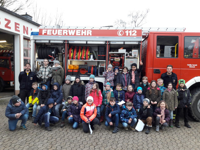 You are browsing images from the article: Besuch der Feuerwehr 2018